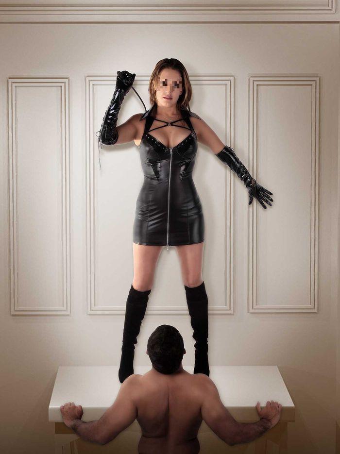 Mistress cerca schiavo tuttofare