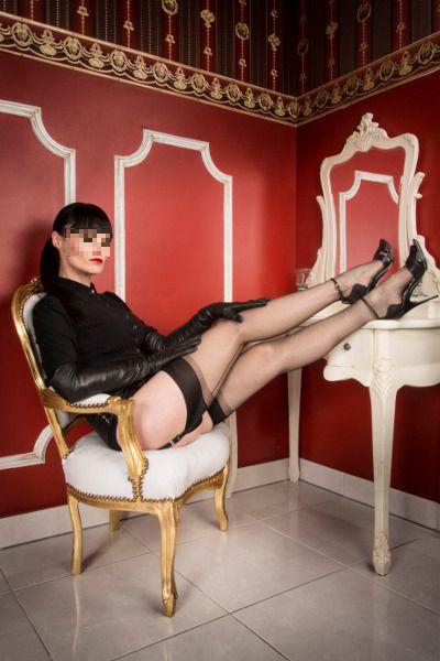 mistress con clistere