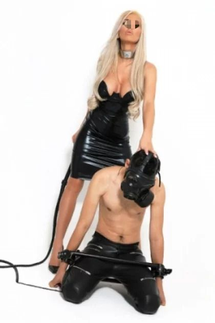 mistress strapon milano