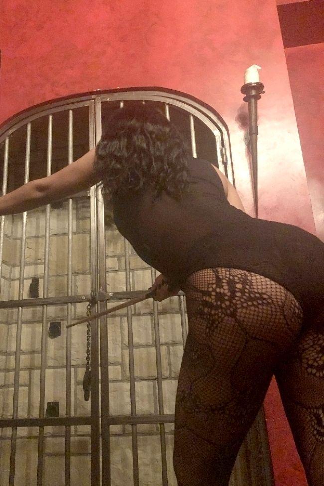 scat mistress torino